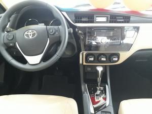 Toyota Altis 1.8 CVT 2018 Khuyến Mãi Khủng, Tặng 03 năm Bảo hiểm