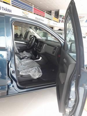 Chevrolet Colorado 2.5 4x4 màu XANH ĐÁ. Chỉ còn 1 chiếc duy nhất.
