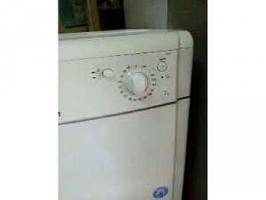 Máy sấy Indesit 7kg made Anh
