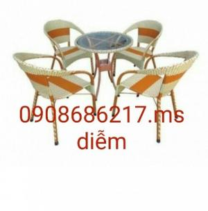 Cần thanh lý bàn ghế cà phê số lượng lớn giá rẻ