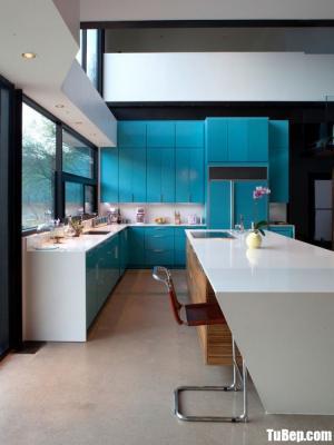 Tủ bếp gỗ Acrylic chữ L màu xanh nổi bật – TBT43
