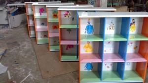 Kệ sách đáng yêu dành cho các bé mầm non.