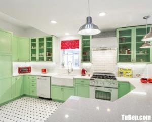 Mẫu tủ bếp chữ U gam màu xánh lá nhẹ dịu – TBN0044