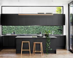 Tủ bếp chữ L chất liệu gỗ cong nghiệp Melamin hiện đại – TBN0046