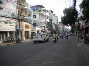 Bán nhà sát mặt tiền Nguyễn Thị Tú, Quận Bình Tân, 4,6x12m, 1 lầu + Sân thượng