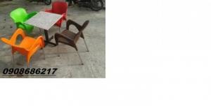 chuyên sản xuất bàn ghế cafe theo nhu cầu khách hàng giá siêu rẻ