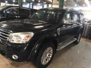 Ford Everest 4x2 MT màu đen sx 2013
