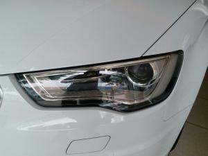 AUDI A3 TFSI 1.8 AT,máy xăng,sản xuất 2014,nhập khẩu Hungary,màu trắng