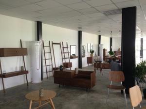 Showroom trưng bày khai trương