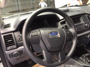 Giá xe ford everest ambiente, giá xe ford everest mt 2018, giá xe ford everest số san 2018