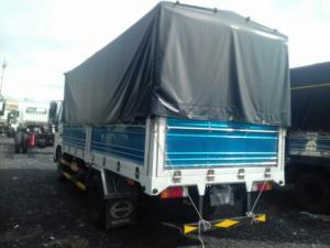 Xe tải hino XZU650L 1,9 tấn hạ tải vào thành phố