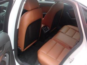 Cần bán AUDI A4 sx 2014 TFSI tự động màu trắng zin đẹp một chủ từ đầu.