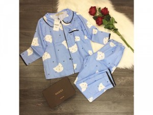 Pijama vải xô mềm