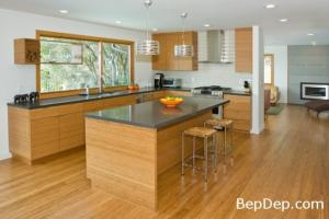 Tủ bếp gỗ MDF xanh chống ẩm bề mặt phủ Laminate vân gỗ hiện đại