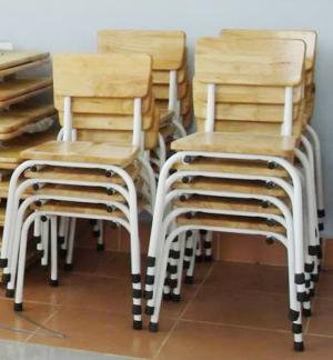 Ghế gỗ siêu rẻ dành cho các trường mầm non.