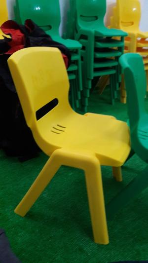 Ghế nhựa đúc cao cấp dành cho các bé tại các trường mầm non