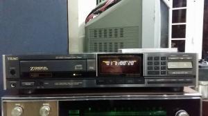 Đầu cd Teac ZD 5000