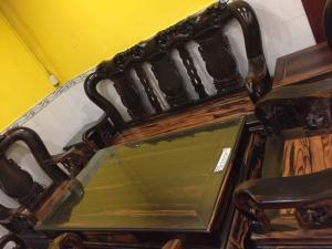 Bộ bàn ghế gỗ mun cột 14