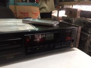 Bán chuyên CD Sony 557 hàng bải, đẹp long lanh