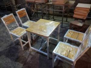 Bộ bàn ghế gỗ nhà hàng giá siêu rẻ