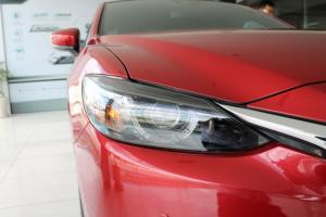 Mazda 6 - màu Hot , bản Full Options. Ưu đãi 40 triệu - Chỉ áp dụng trong tháng 11.