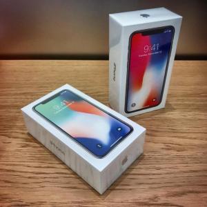 Iphone X 64G silver + black USA chua active da có hàng