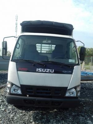 Xe tải Isuzu 1.9 tấn thùng mui bạt
