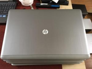 THÔNG SỐ KỸ THUẬT  Hãng sản xuấtHP CPUIntel® Core™ i5-3320M Processor (3M Cache, up to 3.30 GHz) RAM4GB bus 1600GHz Độ Phân Giải1366x768 Màn Hình15.6 inch HD (1366x768) Anti-Glare LED-backlit VGAIntel® HD Graphics 4000 Ổ CứngHDD 250GB Xuất sứMỹ - Châu Âu PIN/Battery6 cell Cổng giao tiếpVGA, USB 2.0, USB 3.0, LAN, Card-Reader, E-Sata, Ie1394, Wifi…, Chất liệu vỏHợp Kim Nhôm WebcamCó BH: 03 tháng, Lỗi 1 đổi 1 CAM KẾT HÌNH THỨC SẢN PHẨM - Hình thức máy bán ra 95-98% - Không bán máy xước nhiều, móp méo dã qua sửa chữa - Máy Nguyên Bản 100% (Giao dịch tại nhà nên mọi người yên tâm nhé) Hotline: 0941.922.639 - 0888.019.777