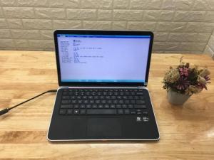 """#dellxps13 #dell #l322x  Dell XPS 13 L322X Nhìn tổng quan nhỏ gọn và rất đẹp, Cầm trên tay cảm giác không nhẹ mà vừa tay, chắc chắn. Tuy nhiên do thiết kế vỏ nhôm nguyên khối rất khó cầm được một tay khi có mồ hôi đây có lẽ là nhược điểm duy nhất của máy. Máy có hệ thống Tuchpad tốt, sử dụng mượt. Đặc biệt với công việc văn phòng máy đáp ứng đầy đủ vào nhanh chóng,. Ngoài ra Dell XPS L322X được coi là dòng máy thời trang cao cấp nhất thiết kế sang trọng siêu mỏng của Dell. Thiết kế từ những vật liệu cao cấp là Nhôm khối + sợi Carbon + Kính cường lực Gorilla Glass rất chắc chắn, đảm bảo rất khó bị vỡ như các loại kính khác. ---------------------------------------------- THÔNG SỐ KỸ THUẬT Màn Hình : 13.3"""" HD LED (1366x768) WLED-backlit Bộ Vi xử lý : Intel 2TH Core i5-3337U (1.9GHz / 3Mb Cache MAX 2.4Ghz) Bộ Nhớ Ram : 4GB DDR3-1600Mhz (4GB x01) Card Đồ Họa : Intel Graphics HD 4000 Dung Lượng HDD : 128GB mSATA Solid State Drive Webcam : HD Camera Loại Pin : 4Cell Lithium Ion Display port / 2x USB 3.0 /Microphone / HD Audio / SmartCard Reader/Contactless Phụ kiện : Sạc, Dây nguồn Tặng Cặp chuột Laptop BH: 03 tháng, Lỗi 1 đổi 1. Hỗ trợ vệ sinh máy và cài đặt phần mềm trọn đời. ----------------------------- CAM KẾT HÌNH THỨC SẢN PHẨM - Hình thức máy bán ra 95-98% - Không bán máy xước nhiều, móp méo đã qua sửa chữa - Máy Nguyên Bản 100% Hotline: 0941.922.639 - 0888.019.777"""