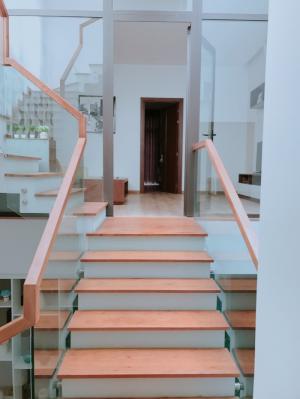 Bán nhà 3 tầng tiện nghi hiện đại