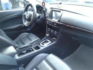 Mazda 6 2.5 đăng ký 9/2015 . Đúng 22.000km bao test hãng . Xe mới 95%.Trang bị full option