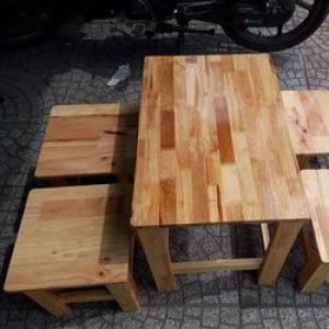 Bàn ghế gổ cafe vĩa hè giá rẻ