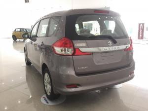 Bán xe du lịch Suzuki Ertiga 7 chỗ nhập khẩu nguyên chiếc