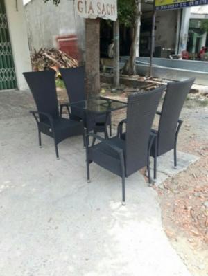 Bán nhiều loại bàn ghế mây thanh lí giá rẻ