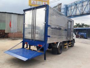 Xe tải isuzu 1.9 tấn bửng nâng giá rẽ nhất.