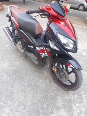 Xe novou màu đỏ đen dki 2011