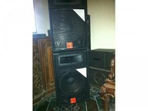 Đôi JBL Bass 30 Và đôi Boss 301 Serri2
