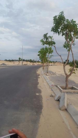 Bán Các Lô Đất Đường 27m Và 7.5 M Mặt Tiền Giáp Sông Cổ Cò Phía Nam Đà Nẵng