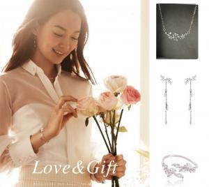[Bông Tai Phim Hàn Quốc] Ha Ji Won đeo trong The Time We Were Not In Love/7000 Ngày Yêu Em