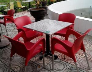 Bàn ghế nhựa chân inox giá rẻ
