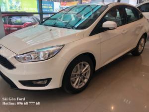 Ford Fiesta 1.0 AT Ecoboost, trả trước 100 triệu, giao xe 30 ngày.