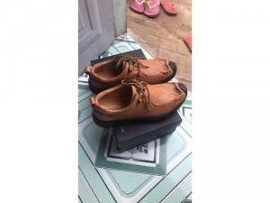 Mấy đôi giày da bò 100% của công ty