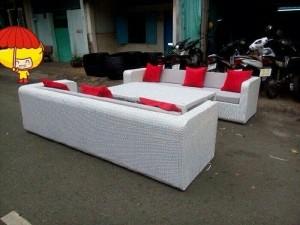 Sofa mây nhựa cần thanh lý gấp