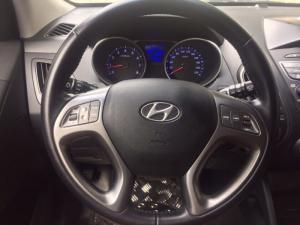 Bán Hyundai Tucson nhập Hàn quốc 2014 màu trắng biển Sài Gòn