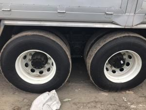 xe tải thùng 3 chân camc máy hino
