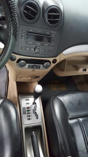 Bán Chevrolet Aveo LTZ 1.5AT màu đen Vip số tự động sản xuất 2015 biển Sài Gòn
