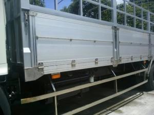 hino 3 chân 15 tấn thùng bửng nhôm