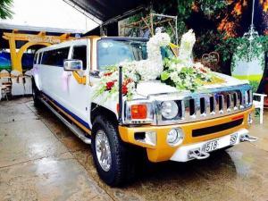Cần bán chiếc Siêu xe Limosine 3 khoang Hummer H3 tự động nhập Mỹ màu trắng