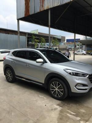 Bán Hyundai Tucson Limited nhập Hàn quốc 2016 biển Sài Gòn cực đẹp màu bạc bản full