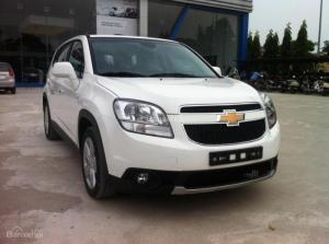 Chevrolet Orlando 7 chỗ, số tự động, vay Ngân hàng 100%, giảm giá sốc